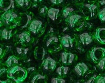 Toho 8/0 Transparent Grass Green Round 8-7B Tube
