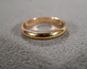 Vintage Jewelry, Yellow Gold Filled Wedding Band Ring. Stackable EternityBand Style, Size 7.5    KW201