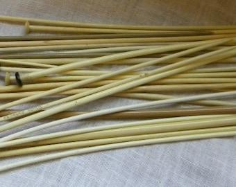 24 Vintage Knitting Needles - Knitting Needles