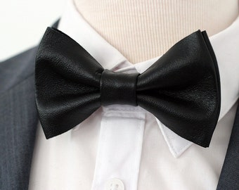 Black leather mens bow tie for men, black wedding bow tie,boys leahther bow tie, toddler black bow tie, rustic bow tie, black lapel flower