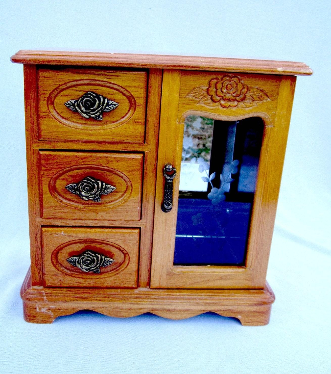 Small wood jewelry box girls chest