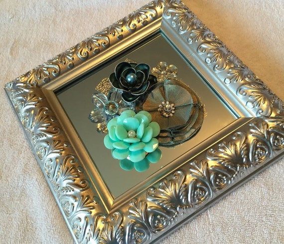 Flower jewelry embellished mirror for Embellished mirror frame