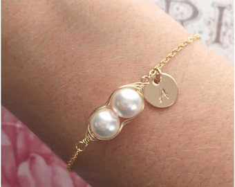 Two Peas in a Pod for Twins - Custom Gold Peas in a Pod Jewelry - 2 Peas in a Pod Bracelet - Personalized Gold Bracelet with Quality Pearls