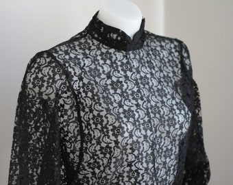 ON SALE 90's black lace blouse, buttons with jewels