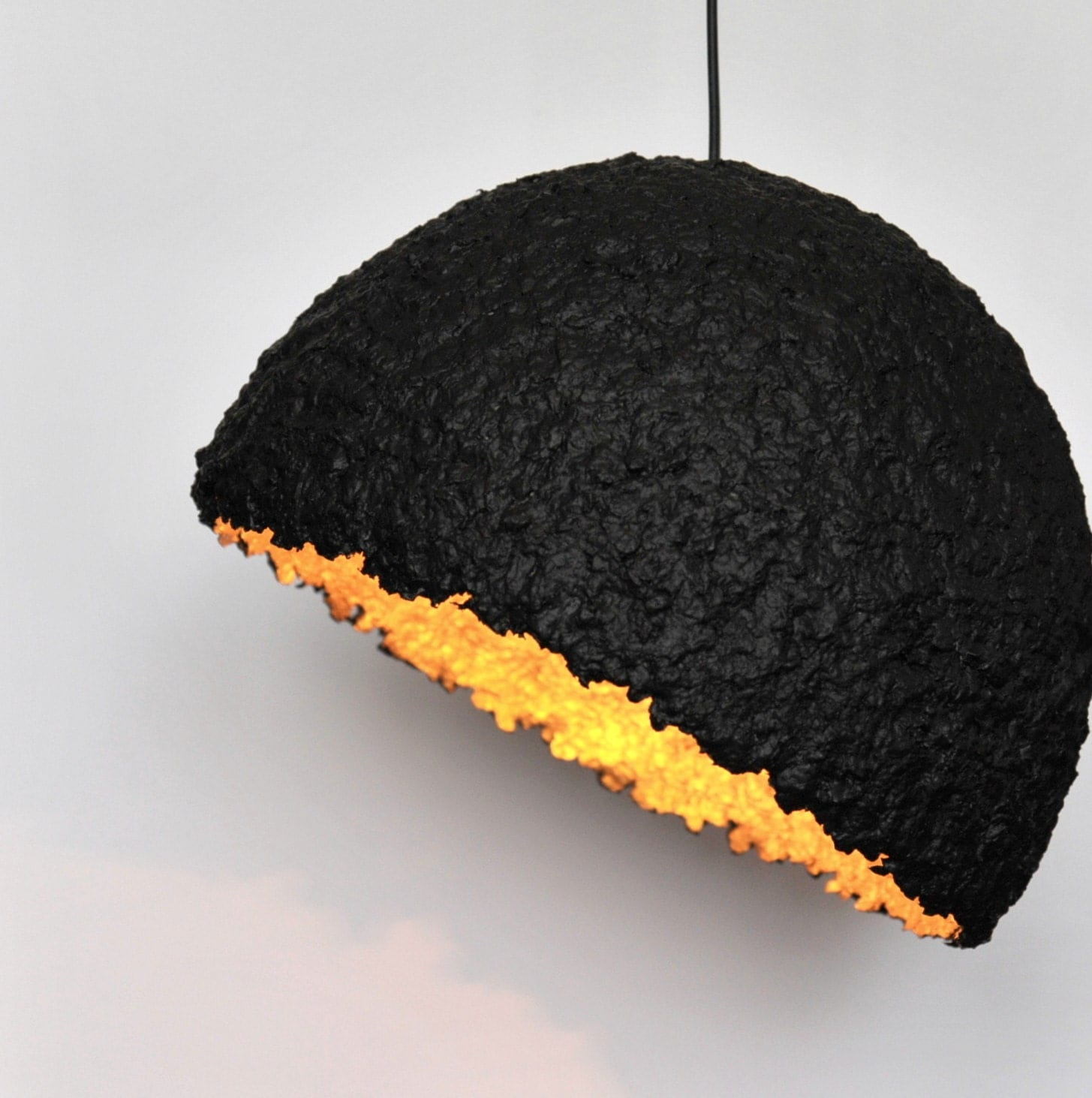 paper mache ceiling lampshade black and golden paper pulp lamp. Black Bedroom Furniture Sets. Home Design Ideas