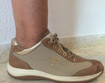 Prada shoe Brown and beigh