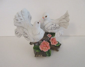 Vintage Lovebirds and Roses Figurine