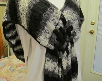 Braids and stripes shawl