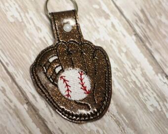 Baseball Glove - Softball - Key Fob In The Hoop - DIGITAL Embroidery DESIGN