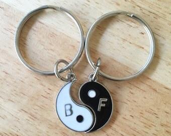Yin Yang  Best Friends Keychains/ Pair of Best Friends Yin Yang Key Chains/ Yinyang Soul Mates Keychains/ Split Yin Yang Keyrings