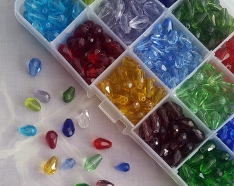 Big Assortment of Faceted Drop Beads! Bead Box Set / Kit 020 * Teardrop * Perfect to make Angles * 525 pieces *