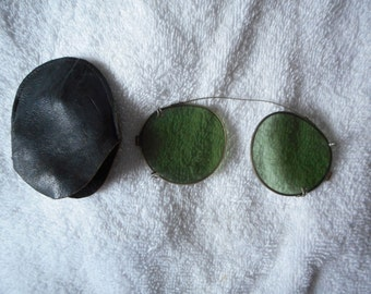 Antique Spectacles Wire Rim Vivid Green Tint Sunglasses With Case