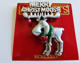 JJ Jonette Merry Christmas Moose Brooch Pin