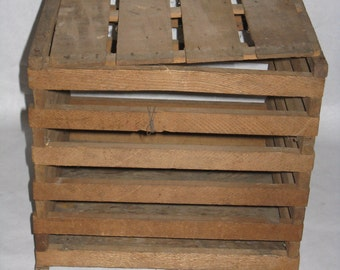 Vintage antique wood egg crate with lid
