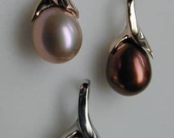 Custom Pearl Pendant