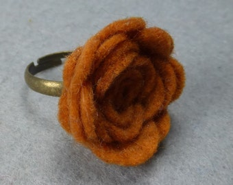 Orange Flower Ring -Orange Rose Ring -Felt Flower - Felt Ring -Adjustable Ring -Artificial Flower -Fake Flower -Flower Jewelry -Felt Jewelry