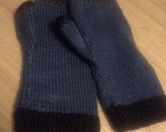 SALE ITEM.  Mens blue gloves, with black trim.