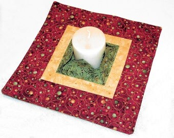 Winter Quilted Candle Mat, Christmas Large Mini Quilt, Centerpiece or Snack Mat, Flameless Candle Mat, Hostess Gift, Quiltsy Handmade