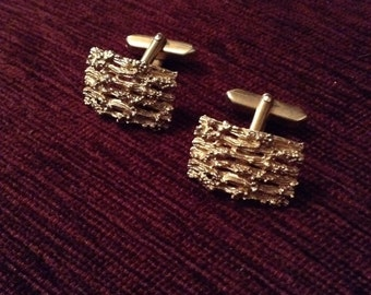 Retro gold barked design cufflinks
