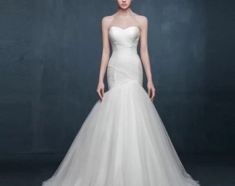 Drapped strapless wedding dress
