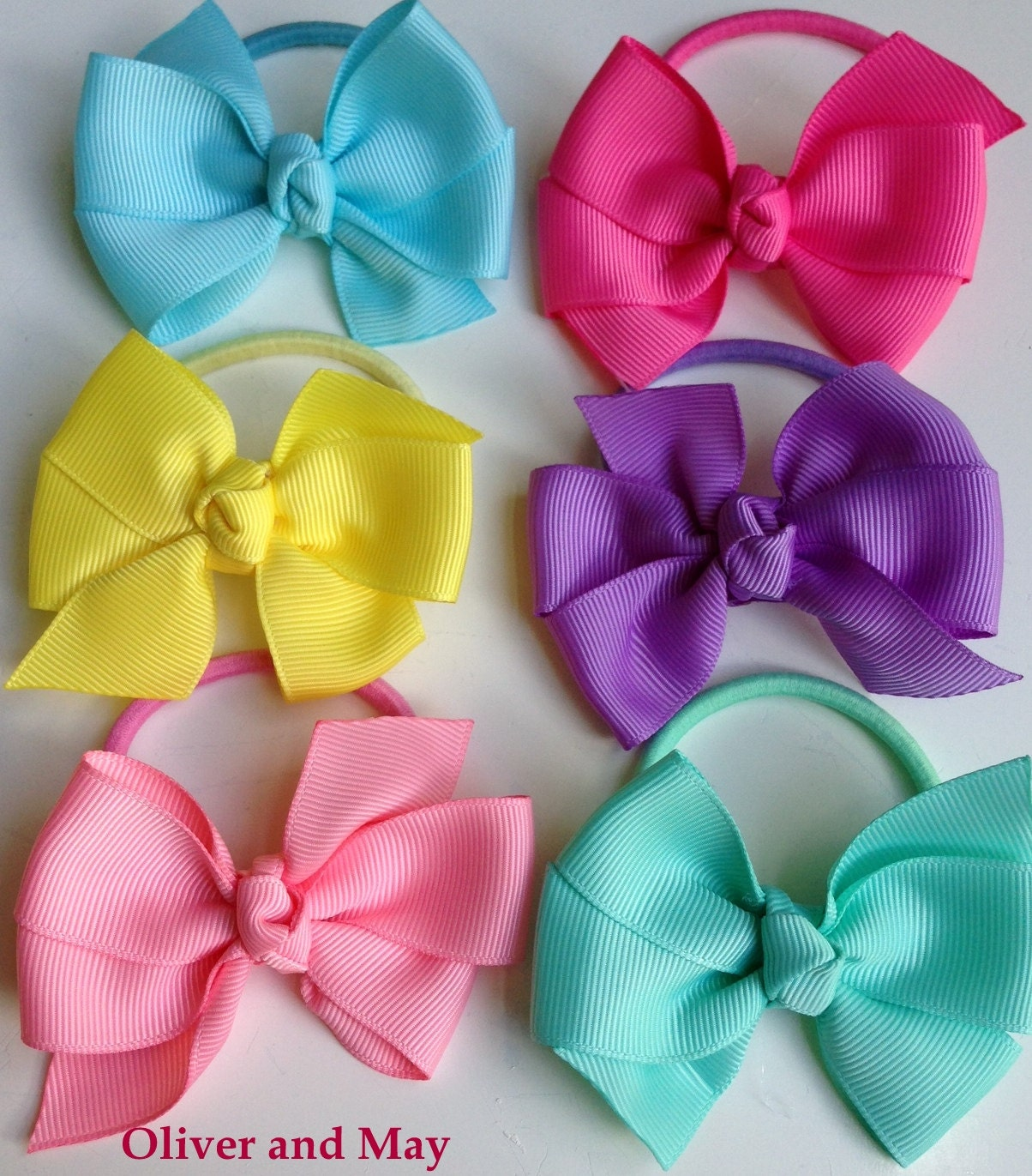 how to keep bows in toddlers hair