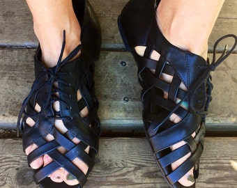 Vintage 90's Black Leather Lace Up Cut Out Oxford Gladiator Sandals Size Women's US 11 By Lower East Side
