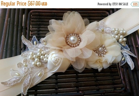 Timeless Ivory Gold Wedding With Scottish Traditions In: SPRING SALE Champagne Ivory And Gold Bridal By