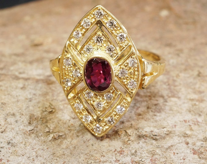 Art deco engagement ring-Diamond and Ruby Ring-Signet rings-Stackable ring-Anniversary ring-Ruby Engagement Ring-Multistone ring-For her