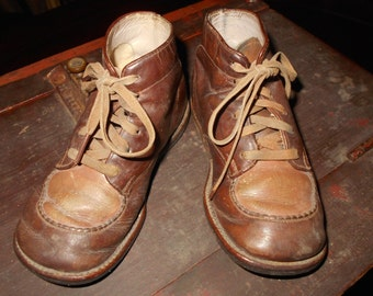 Vintage Shoes / Child-size ankle top shoes / TWO-TONE Brown LEATHER shoes