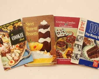 The Cookie Book, Sweet Moment Desserts, Cookies, Candies,& Confections, 100 Prize Winning Recipes from Pillsbury's 3rd Grand National