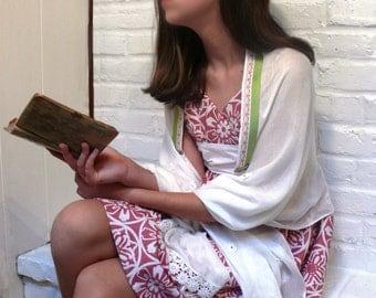 Daisy Tallit, Girls Ladies Tallit, Jewish Prayer Shawl, Girls Tallis, Ladies Womens Tallit for Bat Mitzvah or Wedding