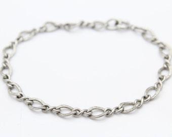 """Vintage Curvy Textured Figure 8 Link Bracelet in Sterling Silver 7"""". [9213]"""
