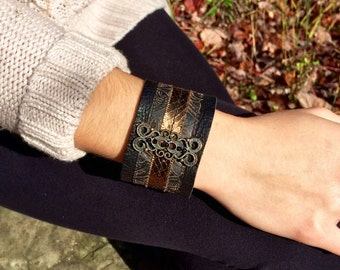 Leather cuff bracelet for women, leather cuff bracelet black suede, cuff bracelet, boho, bohemian, gypsy, black leather, vintage