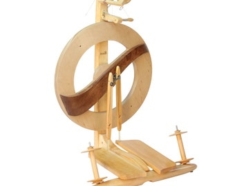 Free Shipping  on Kromski Fantasia Spinning Wheel