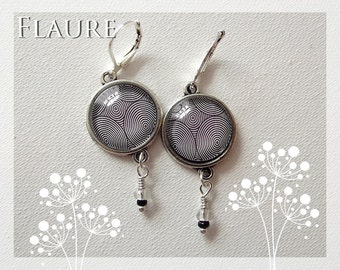 """earrings """"black and white psychedelic II"""""""