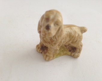 Wade Whimsies Golden Retriever  Figurine featured in Red Rose Tea Promotion