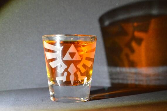 Zelda Hyrule crest LoZ Etched shot glass Fan Art