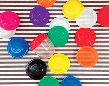 20 Empty 1-Inch Vending Machine Capsules, Pinata Filler, Birthday Party Favor, Gumball Toy Capsule