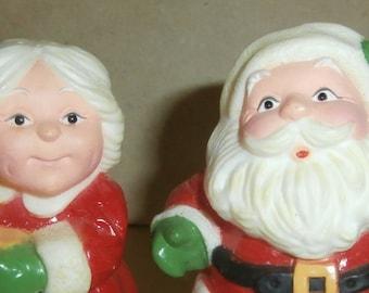 Vintage Christmas decoration Hallmark Santa and Mrs. Claus salt and pepper shakers hard plastic