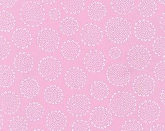 SALE Blueberry Park - Dalmation Petal - Karen Lewis - Robert Kaufman (AWI-15749-107)
