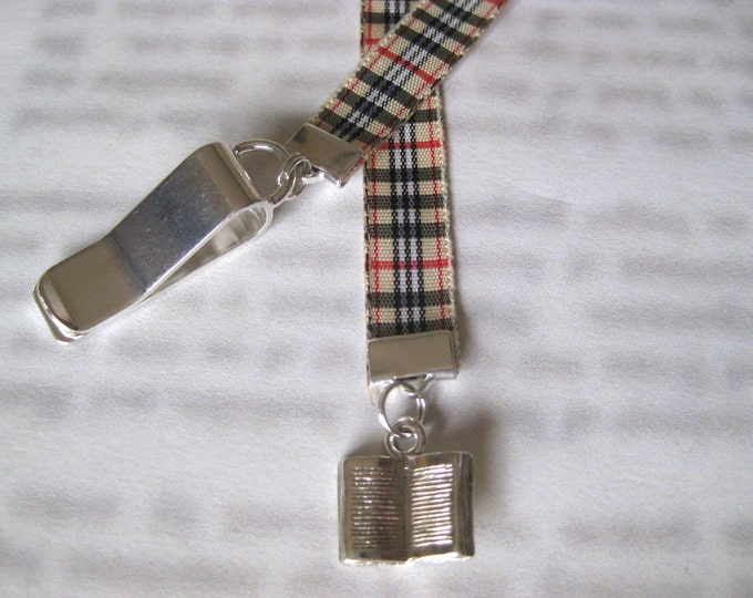 Featured listing image: Book Lovers bookmark - Attach clip to book cover then mark the page with the ribbon. Never lose your bookmark!