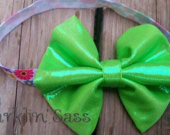 Girls Headband, Baby Headband, Summer Headband, Birthday Headband, FOE Headband, Green Bow Headband, Shiny Green Bow, Flower FOE, Photo Prop