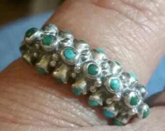 Vintage sterling snake eye turquoise ring