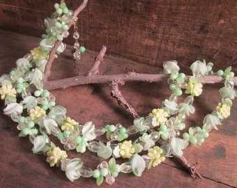 vintage hong kong plastic green, yellow and clear floral necklace