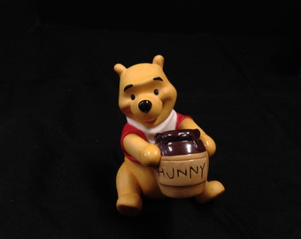 Wdcc Winnie The pooh Time For Something Sweet