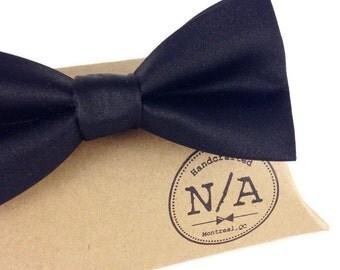Black satin bow tie, black bow tie, black bow tie fir men, pretied bow tie, adjustable