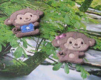 Wholesale Lot  12pcs  pink blue Monkey  embroidered iron on patch    5x4.5cm