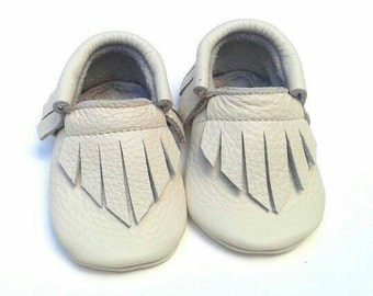 Cream Off white moccs - baby and toddler moccassins