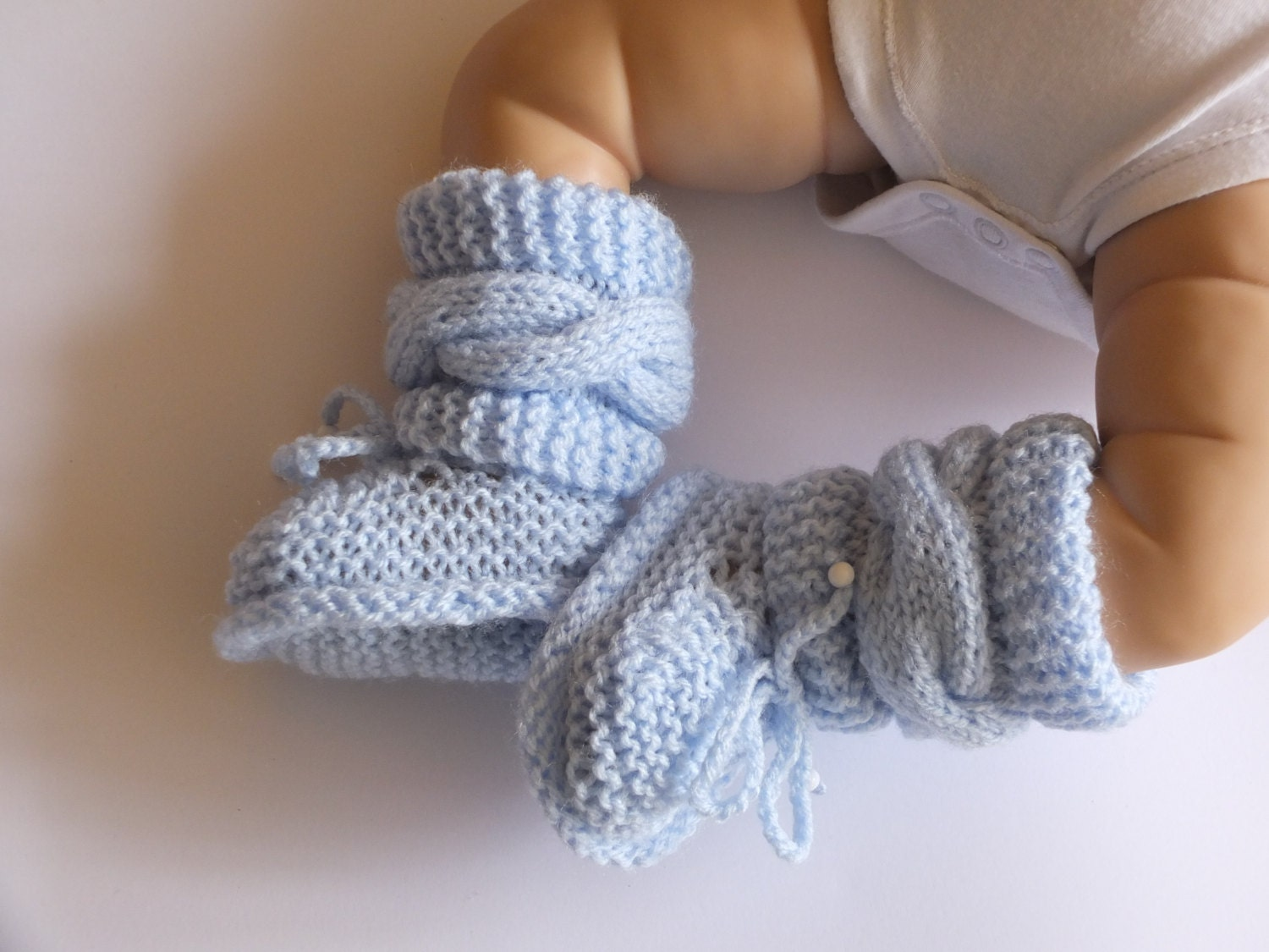 Knitted baby boy booties Newborn boy booties Knit baby