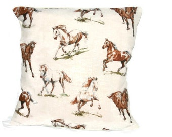 18 x 18 pillow cover, Horse cushion cover, horse pillow, decorative pillow, horse home decor, horse gift, horse lover gift, horse decor